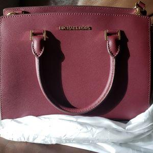 Michael Kors satchel purse
